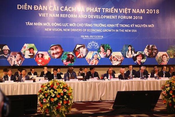 Le Forum de reforme et de developpement du Vietnam a Hanoi hinh anh 1