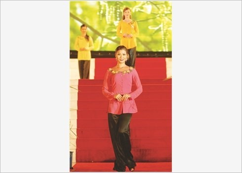Precis des tenues traditionnelles des femmes Kinh hinh anh 2
