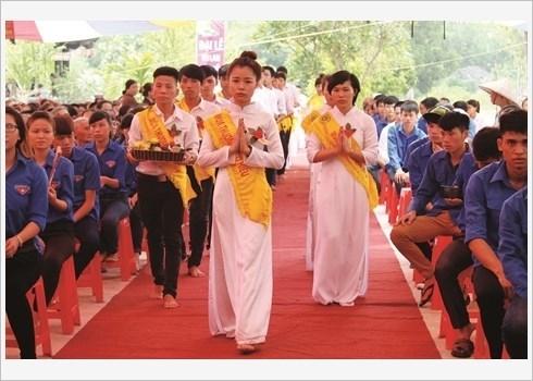 Precis des tenues traditionnelles des femmes Kinh hinh anh 3