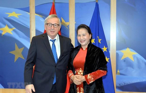 La presidente de l'AN rencontre le president de la Commission europeenne hinh anh 1
