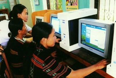 Application des technologies de l'information pour assister les ethnies minoritaires hinh anh 1