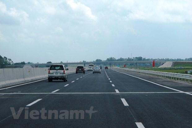 Appeler les grands groupes nationaux a investir dans les transports hinh anh 2