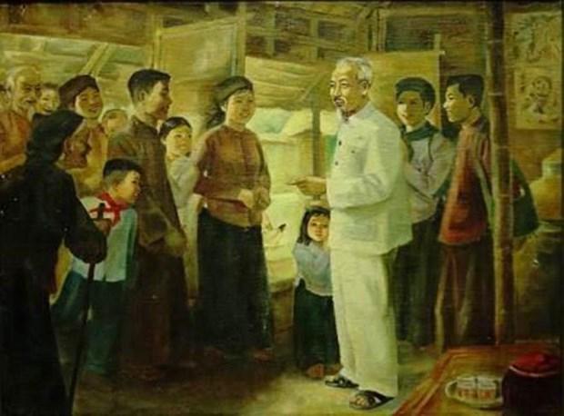 Exposition d'œuvres de plusieurs peintres celebres sur le President Ho Chi Minh hinh anh 1