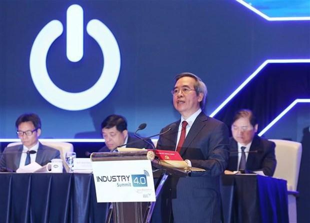 Seance de haut niveau du Sommet de l'Industrie 4.0 hinh anh 1