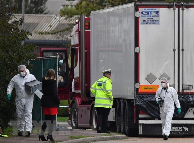 Camion charnier : l'ambassadeur du Royaume-Uni envoie un message aux Vietnamiens hinh anh 1