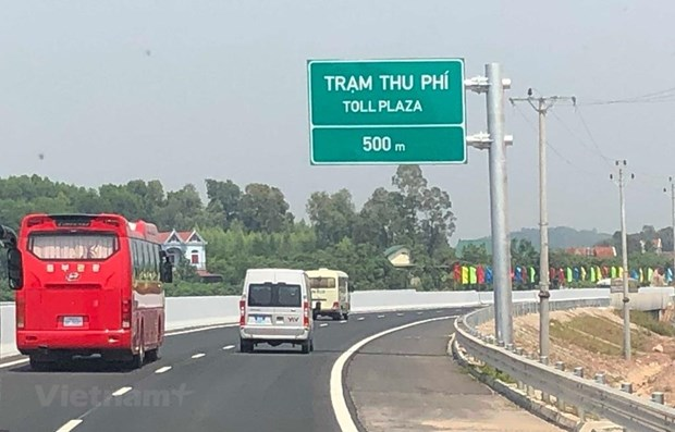 Le vice-PM Trinh Dinh Dung assiste a l'ouverture technique de l'autoroute Bac Giang – Lang Son hinh anh 1