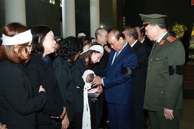 Obseques des trois policiers decedes dans l'affaire de Dong Tam hinh anh 1