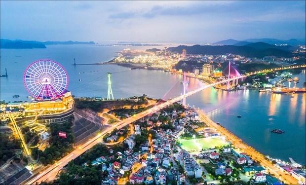 Ha Long, une nouvelle ville se dresse a cote d'un patrimoine mondial hinh anh 1