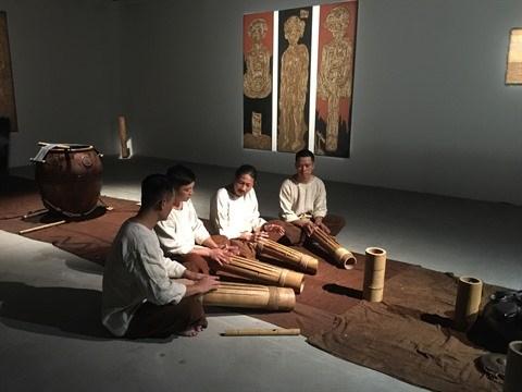 Les artistes interdisciplinaires passionnes de culture locale hinh anh 1
