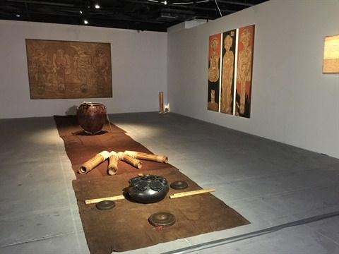 Les artistes interdisciplinaires passionnes de culture locale hinh anh 3