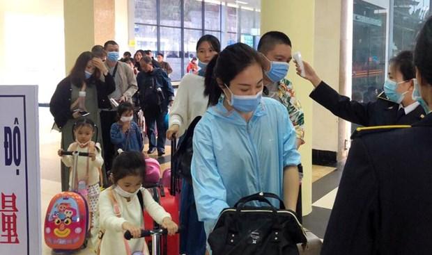 Le ministere de la Sante donne des instructions concernant les personnes entrant au Vietnam hinh anh 1