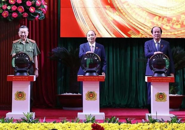 Le PM assiste a l'ouverture de la Conference nationale de la Police hinh anh 2