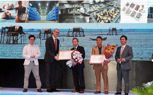 Lenger Farm, la premiere unite au monde a recevoir le label ASC pour les elevages de Meretrix Lyrata hinh anh 1