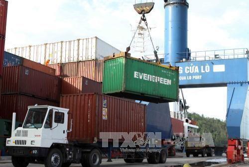 Les services logistiques devraient representer 5-6% du PIB en 2025 hinh anh 1