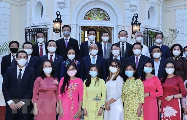 Le president Nguyen Xuan Phuc rencontre des amis cubains hinh anh 2
