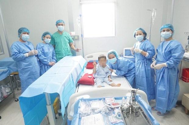 Reussite de la premiere greffe autologue de moelle osseuses au Centre du Vietnam hinh anh 1