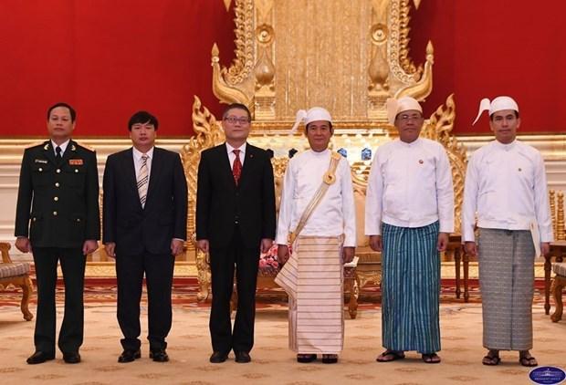 Le president birman apprecie hautement la cooperation avec le Vietnam hinh anh 1