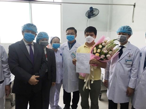 Partager l'expertise dans le traitement des patients infectes par le 2019-nCoV hinh anh 1