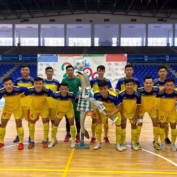 Futsal: le Vietnam remporte la victoire devant une equipe espagnole hinh anh 1