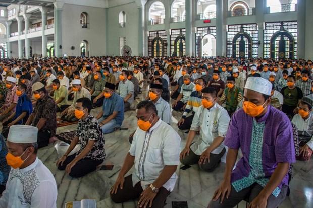 Indonesie : La police portera plainte contre ceux qui tiennent des rassemblements de masse hinh anh 1