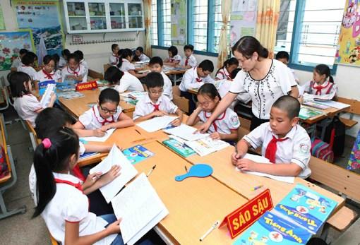 Bac Giang ameliore la qualite de l'enseignement et de l'apprentissage de la langue anglaise hinh anh 1