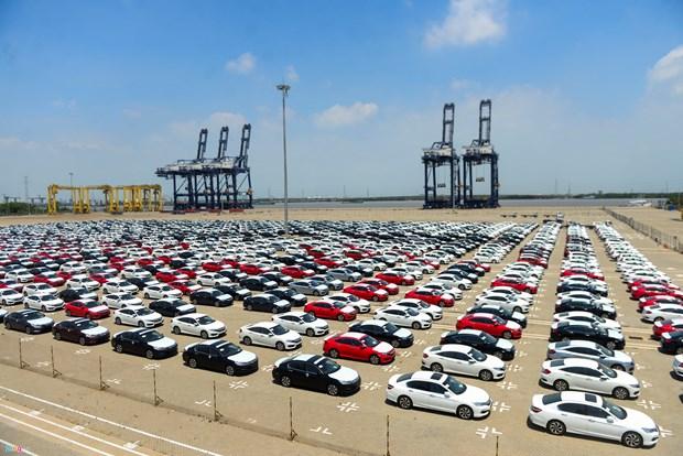 Chute de plus de 40% des importations nationales de voitures en deux mois hinh anh 1