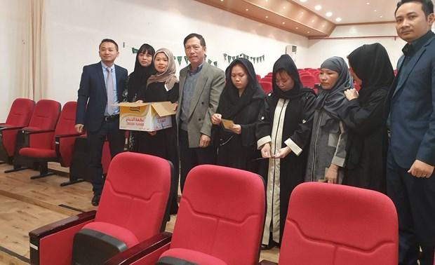 COVID-19 : les Vietnamiens en Arabie saoudite sont appeles a observer les mesures de precaution hinh anh 1