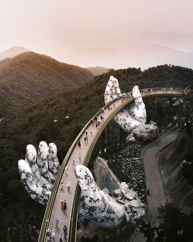 Le pont d'Or a Da Nang classe parmi les 28 plus epoustouflants ponts du monde par Business Insider hinh anh 1