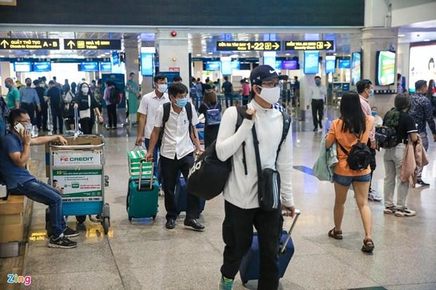 Environ 188.000 passagers accueillis par les aeroports vietnamiens en avril hinh anh 1
