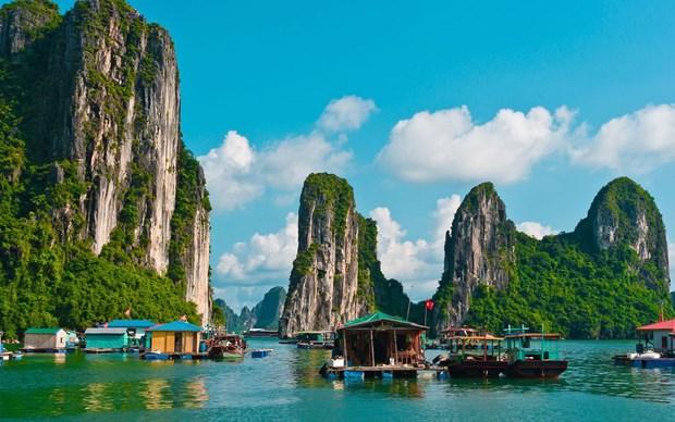 La baie de Ha Long est autorisee a accueillir a nouveau les visiteurs a partir du 4 mai hinh anh 1