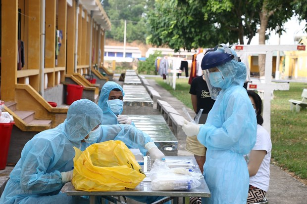 COVID-19 : Le Vietnam passe 99 jours consecutifs sans nouvelles infections communautaires hinh anh 1