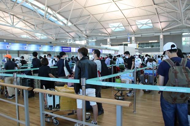 Plus de 310 citoyens vietnamiens rapatries de la Republique de Coree hinh anh 1
