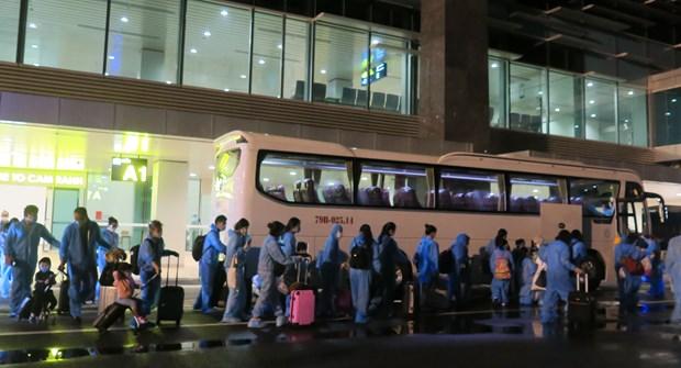 COVID-19 : rapatriement de pres de 300 citoyens vietnamiens aux Etats-Unie et au Japon hinh anh 1