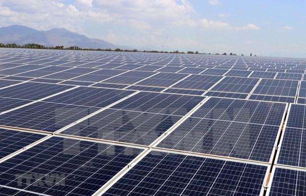 Une entreprise vietnamienne participe au developpement de l'energie solaire au Laos hinh anh 1