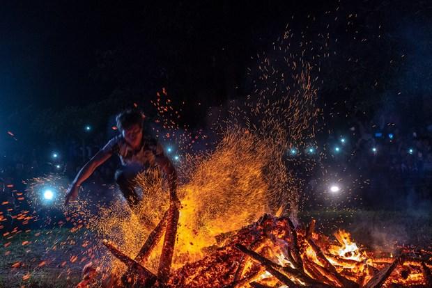 La Fete de la danse du feu des Dao rouges reconnue comme Patrimoine culturel immateriel national hinh anh 1