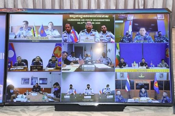 Le Vietnam preside une reunion de l'ASEAN sur la formation des forces aeriennes hinh anh 2