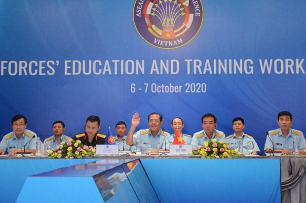 Le Vietnam preside une reunion de l'ASEAN sur la formation des forces aeriennes hinh anh 1