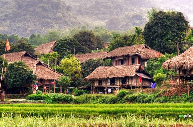 Hoa Binh promet d'etre une destination touristique sure et attrayante hinh anh 1