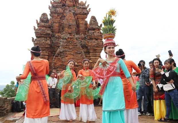 L'ethnie Cham a Ninh Thuan celebre la fete Kate 2020 hinh anh 1