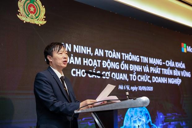 Le Vietnam fait face aux dangers incommensurables du cyberspace hinh anh 2