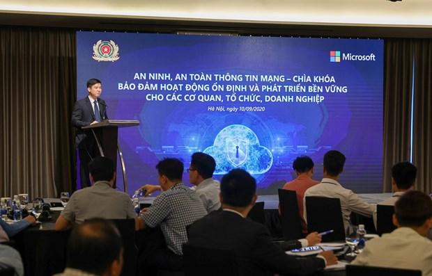 Le Vietnam fait face aux dangers incommensurables du cyberspace hinh anh 1