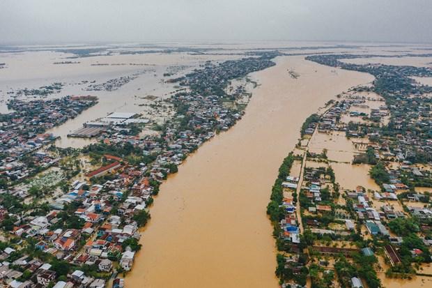 L'Union europeenne fournit 1,3 million d'euros pour aider les sinistres des inondations au Vietnam hinh anh 1