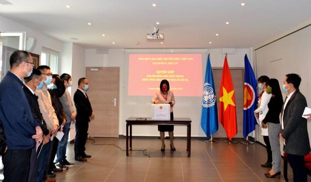 Crues: aides venues de la mission du Vietnam a Geneve et des ambassades en Thailande et Malaisie hinh anh 1