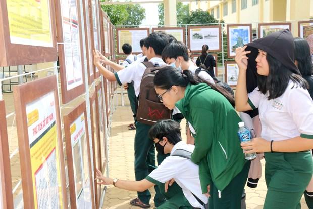 Exposition «Hoang Sa, Truong Sa du Vietnam - Preuves historiques et juridiques» a Binh Thuan hinh anh 2