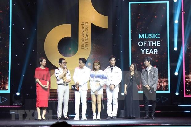 La chaine anti-fausses nouvelles Factcheckvn remporte le prix TikTok Awards Vietnam 2020 hinh anh 3