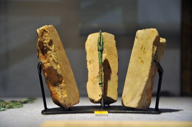 La collection de moules de fleches en pierre de Co Loa reconnue