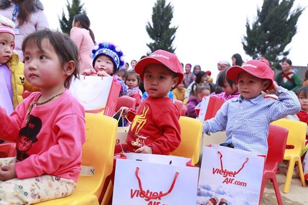 Un programme de Vietjet donne aux minorites de Lao Cai un Tet plus chaleureux hinh anh 3
