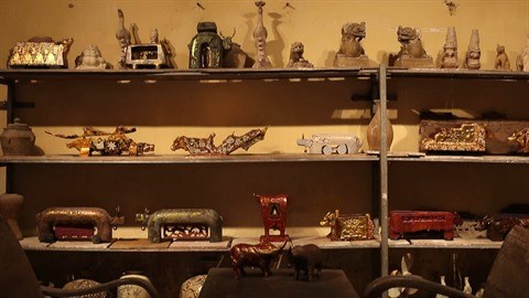 La collection unique de statues de buffles du peintre-artisan Nguyen Tan Phat hinh anh 3