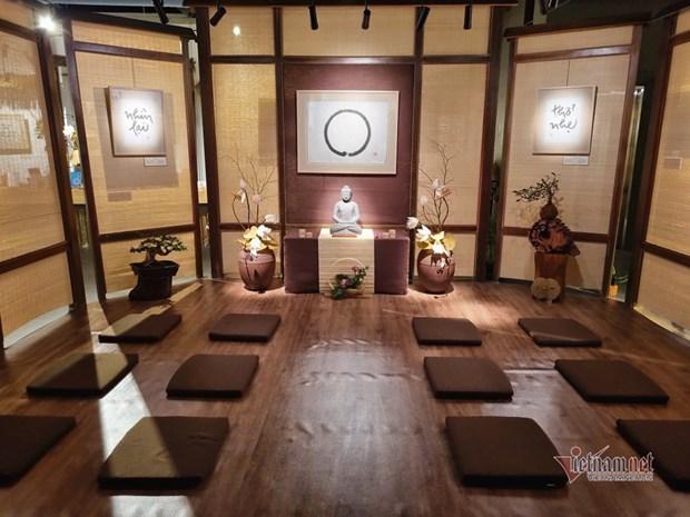 Ho Chi Minh-Ville: Exposition d'ouvrages du moine bouddhiste zen vietnamien Thich Nhat Hanh hinh anh 1