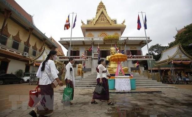 Le Vietnam offre 300.000 dollars au Cambodge pour soutenir ses efforts contre le COVID-19 hinh anh 1